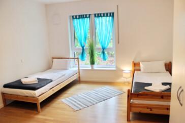 Ein Zimmer Wohnung Regensburg : monteurzimmer gro z gige 3 zimmer wohnung in regensburg id 415 in 93053 regensburg ~ Watch28wear.com Haus und Dekorationen