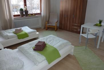 Monteurzimmer: Arbeiterwohnungen in Tegernbach in 84104