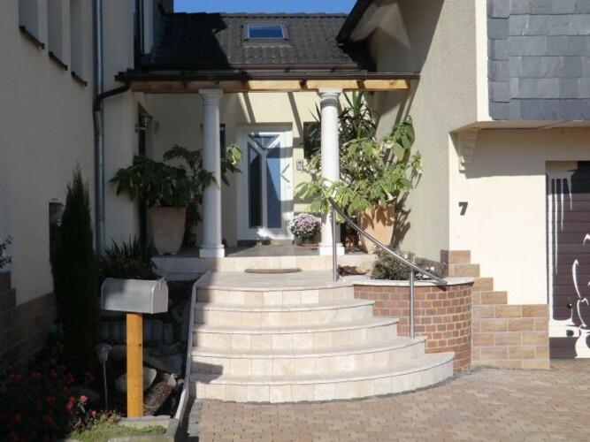 monteurzimmer ferienwohnungen uhe in 31840 hessisch oldendorf. Black Bedroom Furniture Sets. Home Design Ideas