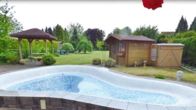 Monteurzimmer sehr sch nes haus mit pool und riesen for Riesen gartenpool