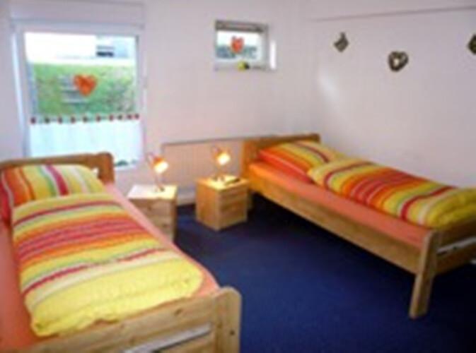 monteurzimmer monteurzimmer heike abraham ber 500. Black Bedroom Furniture Sets. Home Design Ideas