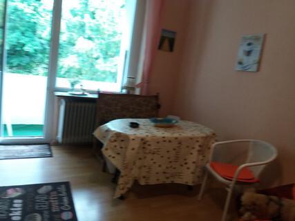 monteurzimmer m bliertes wohnen auf zeit in 42115 wuppertal. Black Bedroom Furniture Sets. Home Design Ideas